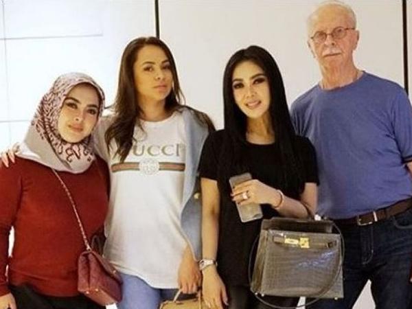 Heboh Pengakuan Bule 'Ayah Angkat' Syahrini, Anak Kandung Beri Klarifikasi