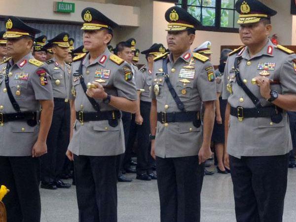 Kapolri Resmi Lantik Sejumlah Perwira Polisi, Termasuk Kapolda Metro Jaya yang Baru