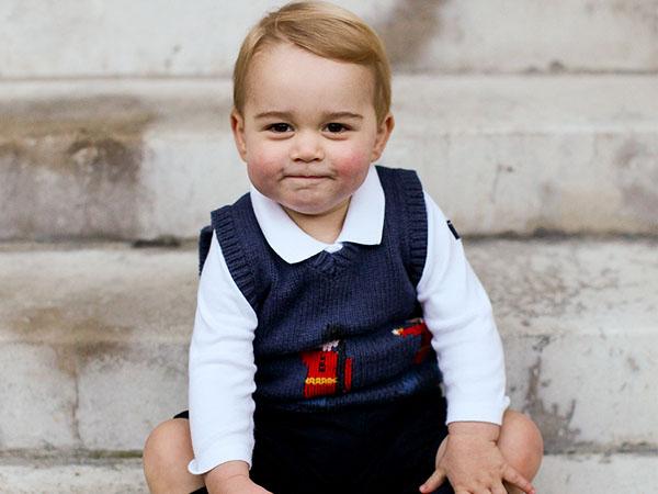 Gemas, Ini Penampilan Pangeran George Saat Pertama Kali Mulai Ke Sekolah