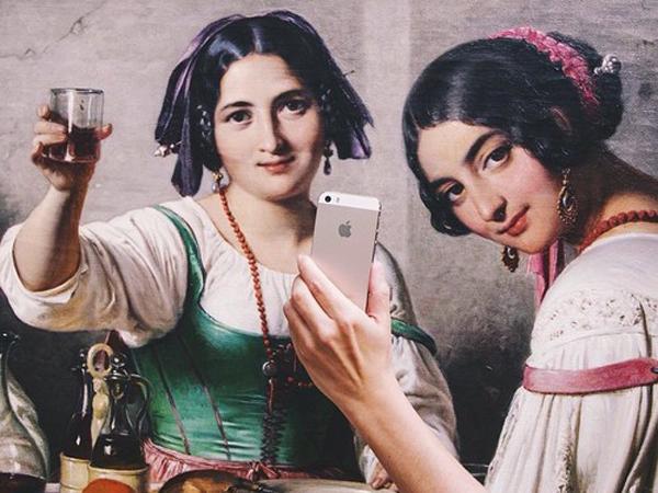 Wah, Berkat Seniman Ini Lukisan Juga Bisa Ikutan Selfie!