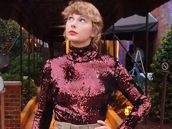 Taylor Swift Bocorkan Cuplikan Rekaman Ulang 'Love Story'