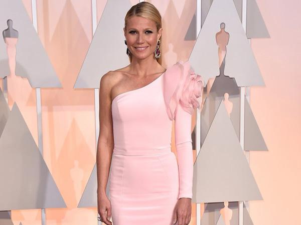 Inilah Alasan Manis Mengapa Gwyneth Paltrow Tak Pernah Kembalikan Gaun Oscarnya