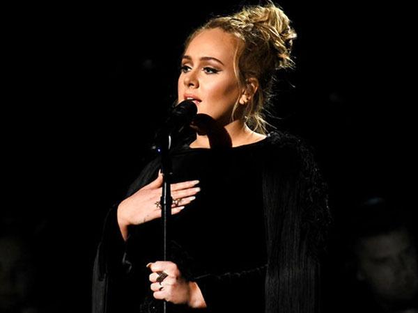 Tindakan Adele untuk Korban Kebakaran Apartemen di London Bikin Haru Penggemar