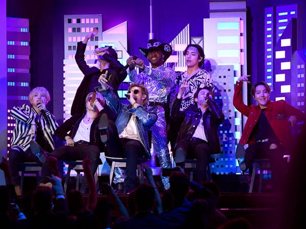 Singkat Namun Berkesan, Intip Penampilan BTS Bareng Lil Nas X di Grammy Awards