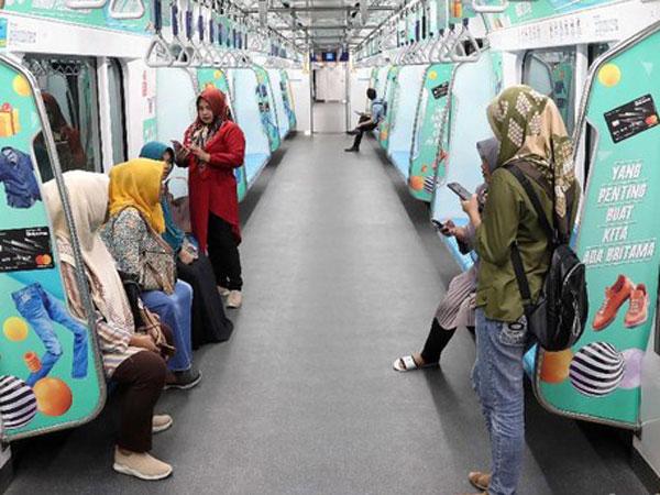 Jangan Lakukan Hal Spele Ini di Lingkungan MRT Agar Tidak Didenda Rp 500 Ribu