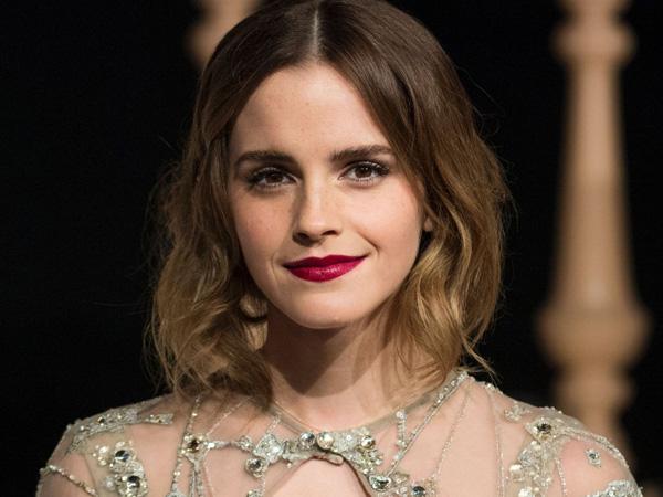 Sukses Bertransformasi Jadi Belle, Berapa Bayaran Emma Watson untuk 'Beauty and the Beast'?