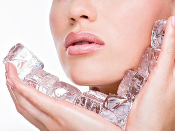 Cara Manfaatkan Es Batu untuk Perawatan Kecantikan