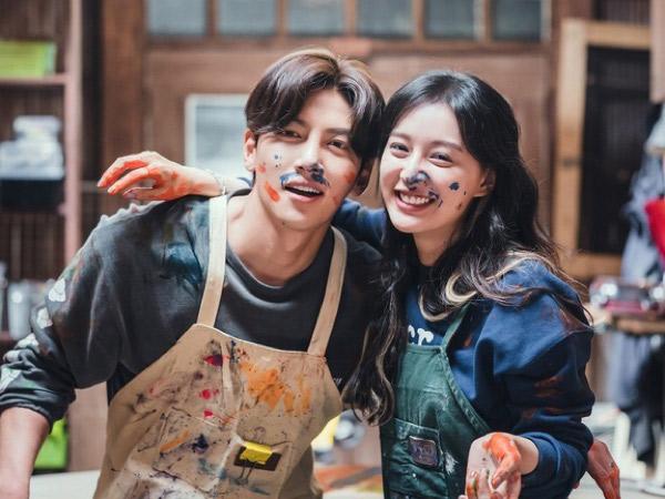 Foto-foto Serasinya Ji Chang Wook dan Kim Ji Won Jadi Pasangan Drama Baru