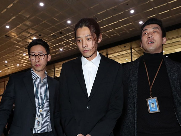 Polisi Ajukan Perintah Penahanan Bagi Jung Joon Young