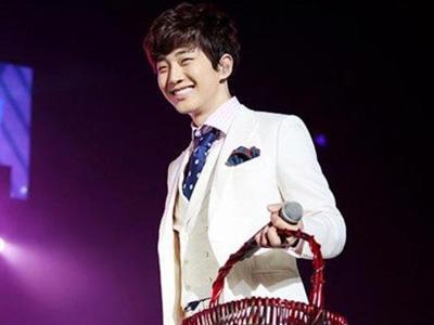 Junho 2PM Curhat Pengalaman Jatuh dari Ketinggian 2 Meter Saat Latihan Konser
