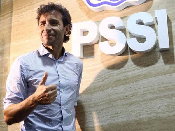 Kenalan dengan Luis Milla, Mantan Pemain Barcelona yang Jadi Pelatih Baru Timnas Indonesia