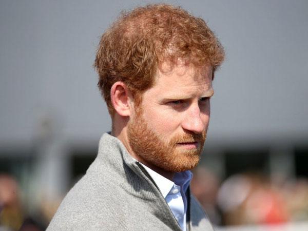Pangeran Harry Tuduh Paparazi Sebagai 'Pembunuh' Putri Diana