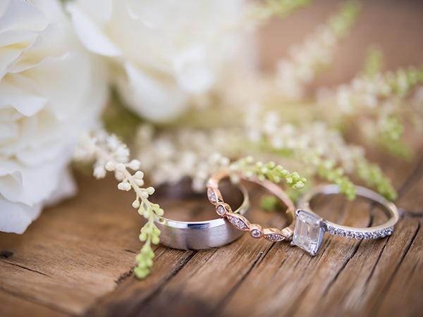 Viral, Pernikahan Seorang Permuda dengan Dua Wanita Sekaligus