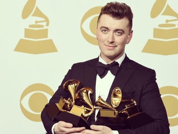 Menang 4 Piala Grammy Awards 2015, Sam Smith Masih Enggan Tampil di Rusia?