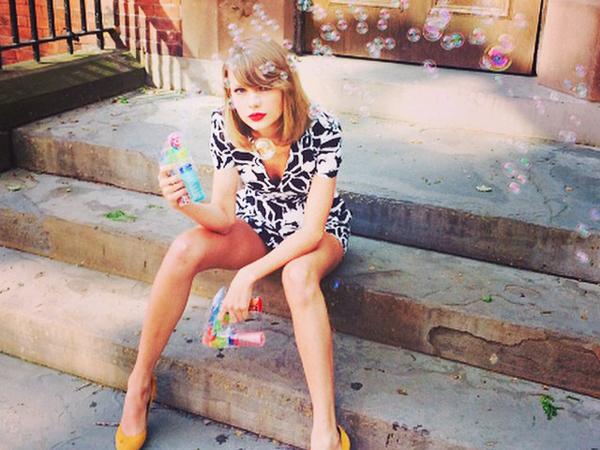 Hanya Berdurasi Delapan Detik, Lagu Baru Taylor Swift Ini Puncaki Chart iTunes!
