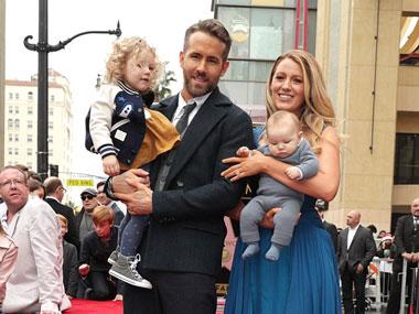 Terkenal Menjaga Privasi, Ryan Reynolds dan Blake Lively Ajak Kedua Anaknya Ke Hadapan Publik Lagi!