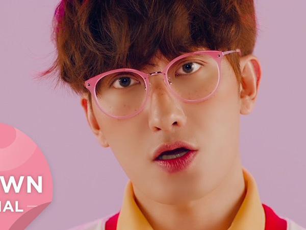 Tampan dan Tebar Pesona, Zhoumi Super Junior-M Tampil Fun di MV 'What's Your Number?'