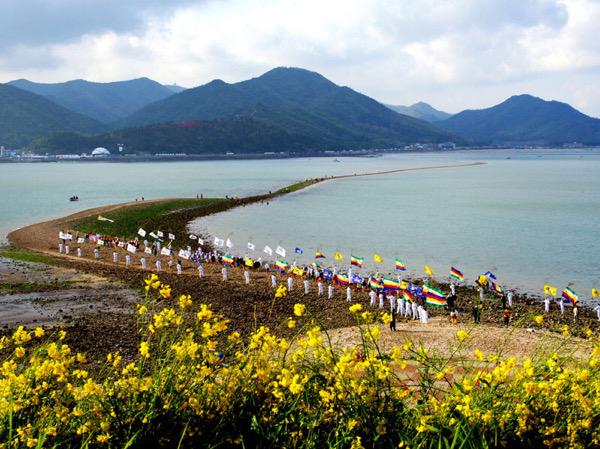 Festival Laut Terbelah Populer di Korea Selatan Digelar Online
