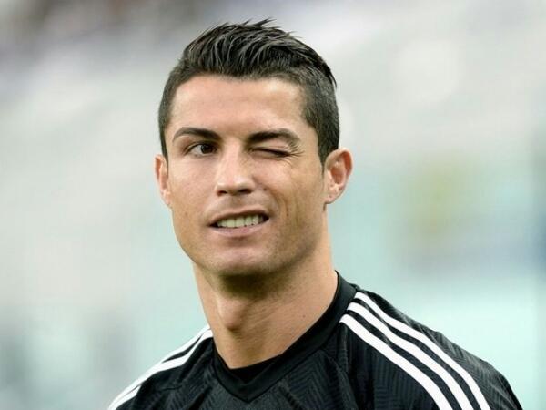 Christiano Ronaldo Lagi-lagi Kepergok Pesta Bareng Para Wanita Seksi!