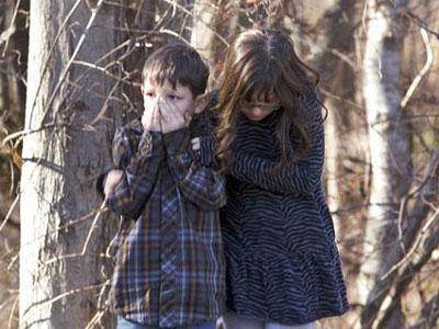 Guru SD Sandy Hook Sembunyikan Murid di Lemari Agar Selamat dari Penembakan