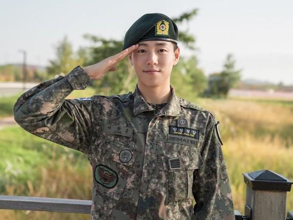 Selesai Wamil, Aktor Lee Hyun Woo Siap Comeback Akting