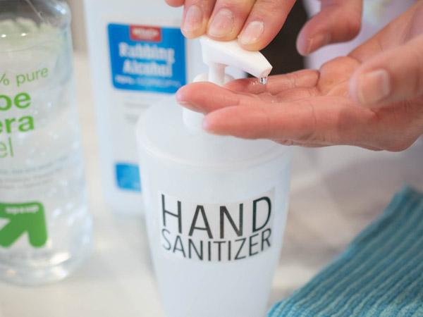 Alasan Mengapa Buat Hand Sanitizer Sendiri Tidak Disarankan