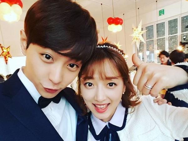 Langgeng Sejak Cinlok, Aktor Hyun Woo Bicara Soal Hubungannya dengan Pyo Ye Jin