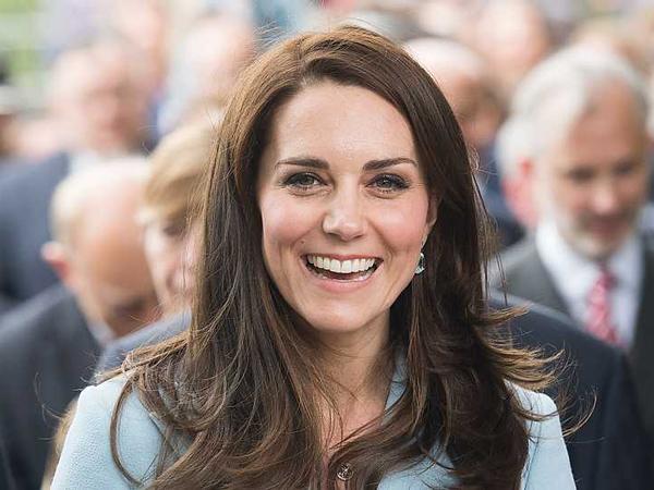 Biasa Tampil Anggun, Begini Gaya Kate Middleton Pakai Baju Sporty
