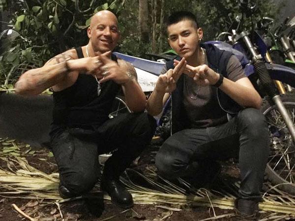 Main Film Bareng, Vin Diesel Perlihatkan Keakraban dengan Kris Wu Lewat Video Facebooknya