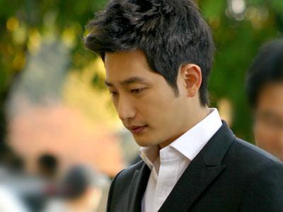Akankah Park Shi Hoo Kembali Beraktifitas Sebagai Aktor?