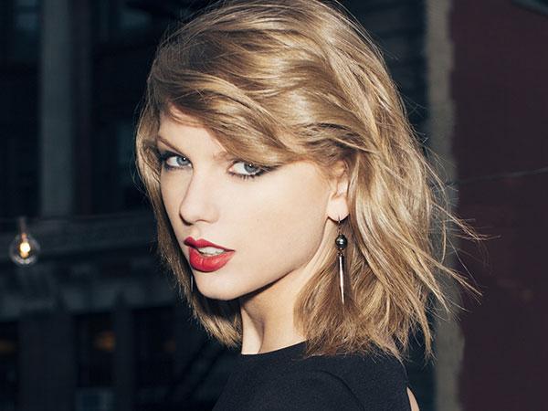 Taylor Swift Asuransikan Kakinya Hingga 520 Miliar Rupiah!