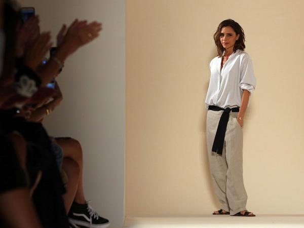Keluarga Beri Pesan Manis Jelang Fashion Show Victoria Beckham di New York Fashion Week