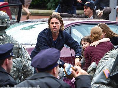 Wah, Brad Pitt Perang Melawan Zombie
