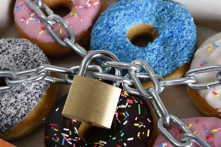 Terlalu Banyak Mengkonsumsi Gula Bisa Cepat Lapar, Apa Ya Penyebabnya?