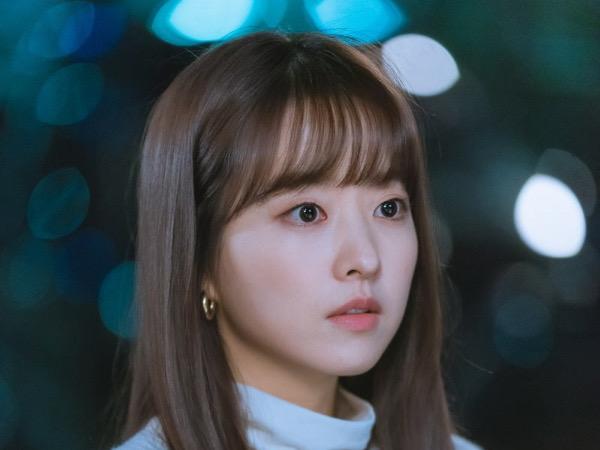 Park Bo Young Ungkap Sisi Menarik Drama Doom At You Service dan Karakternya