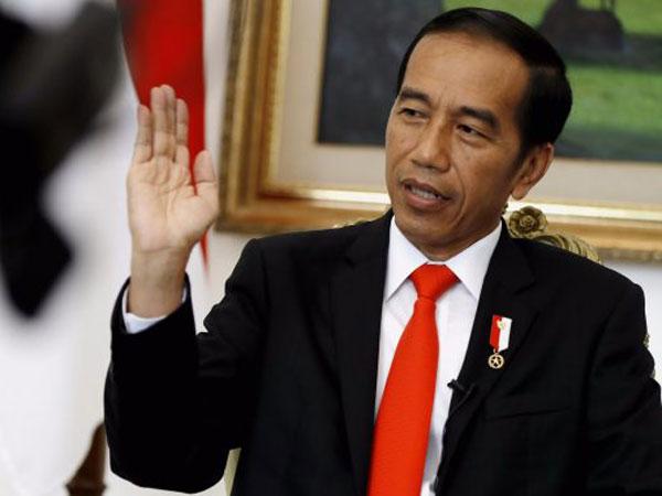 Tak Ada Beban, Jokowi Akui Siap Ambil Keputusan 'Gila' dalam Kebijakan Tak Lazim di Pemerintahan