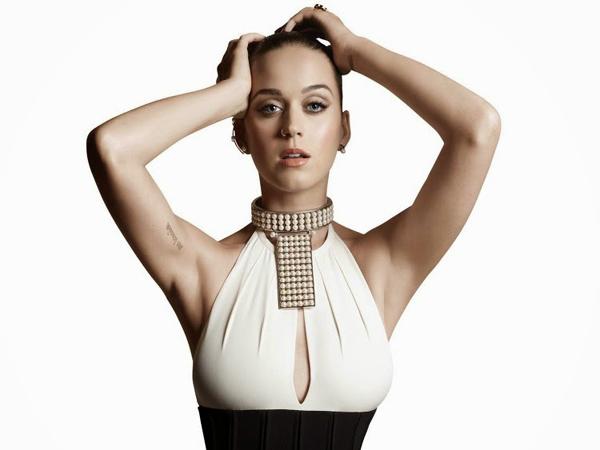 Sibuk Tur, Katy Perry Batal Rilis Album Baru Tahun 2016?