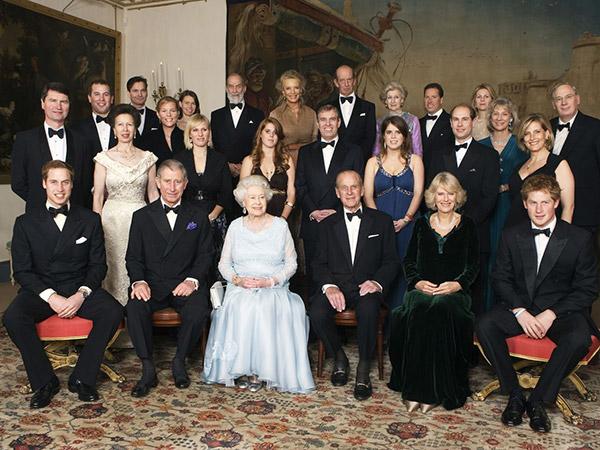 Inilah Penyebab Keluarga Kerajaan Inggris Tidak Pakai Shower Saat Mandi