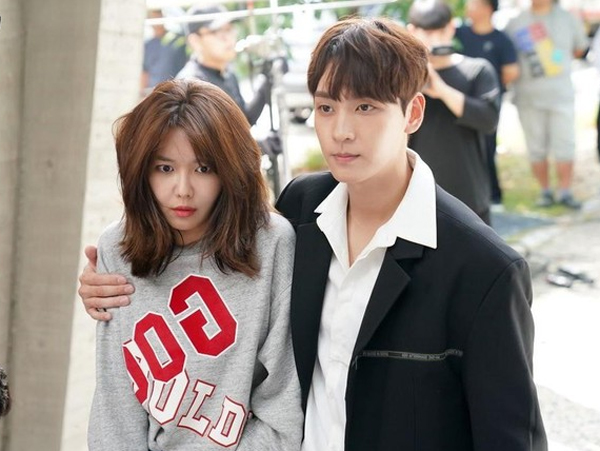 Hubungan Choi Tae Joon dan Sooyoung Semakin Dekat di Drama 'So I Married the Anti Fan'