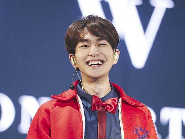 Onew SHINee Sudah Siapkan Kado Spesial untuk Fans Jelang Wamil Bulan Depan
