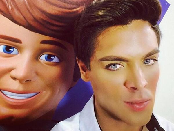 Lakukan 8 Kali Operasi Plastik, Inikah Manusia Ken 'Barbie' Selanjutnya?