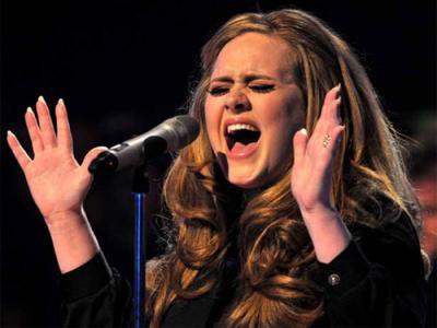 Beberapa Jam Rilis,  Lagu Adele Rajai iTunes