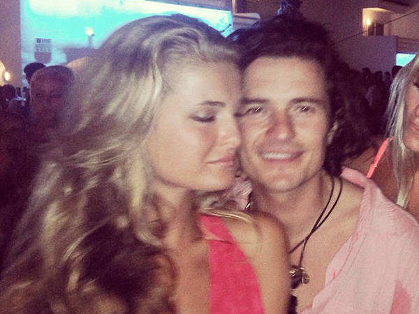 Terlihat Bersama Wanita, Orlando Bloom Sudah Lupakan Miranda Kerr?