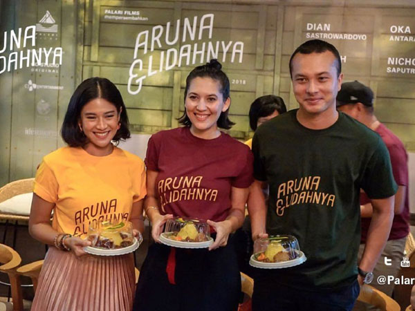 Dian Sastro dan Nicholas Saputra Reuni Jadi Sahabat Karib di Film Unik 'Aruna dan Lidahnya'