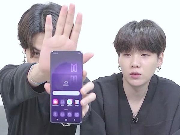 Begini Gaya Para Member Jadi YouTuber Saat Unboxing Samsung Galaxy S20+ Edisi BTS