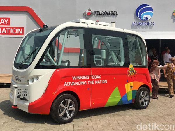 Ini Dia Penampakan Bus Tanpa Supir Di Kawasan GBK SelamaAsian Games 2018