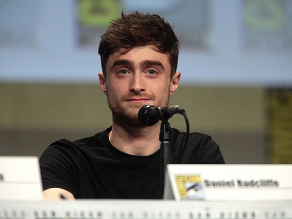 Punya Proyek Jadi Sutradara, Daniel Radcliffe Sudah Puas Berakting?