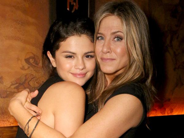 Bersahabat, Selena Gomez Anggap Jennifer Aniston Seperti Penasihat Pribadi