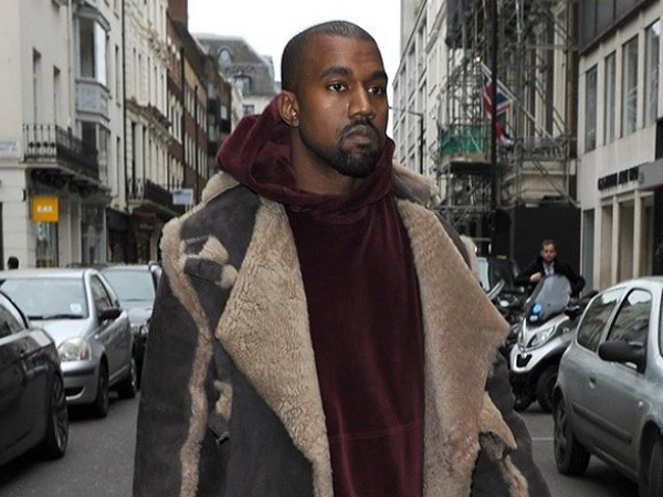 Kanye West Bakal Rilis Album Religi 'Jesus Is King' Akhir Bulan Ini