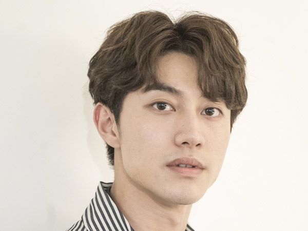 Kwak Dong Yeon Resmi Keluar dari FNC Entertainment